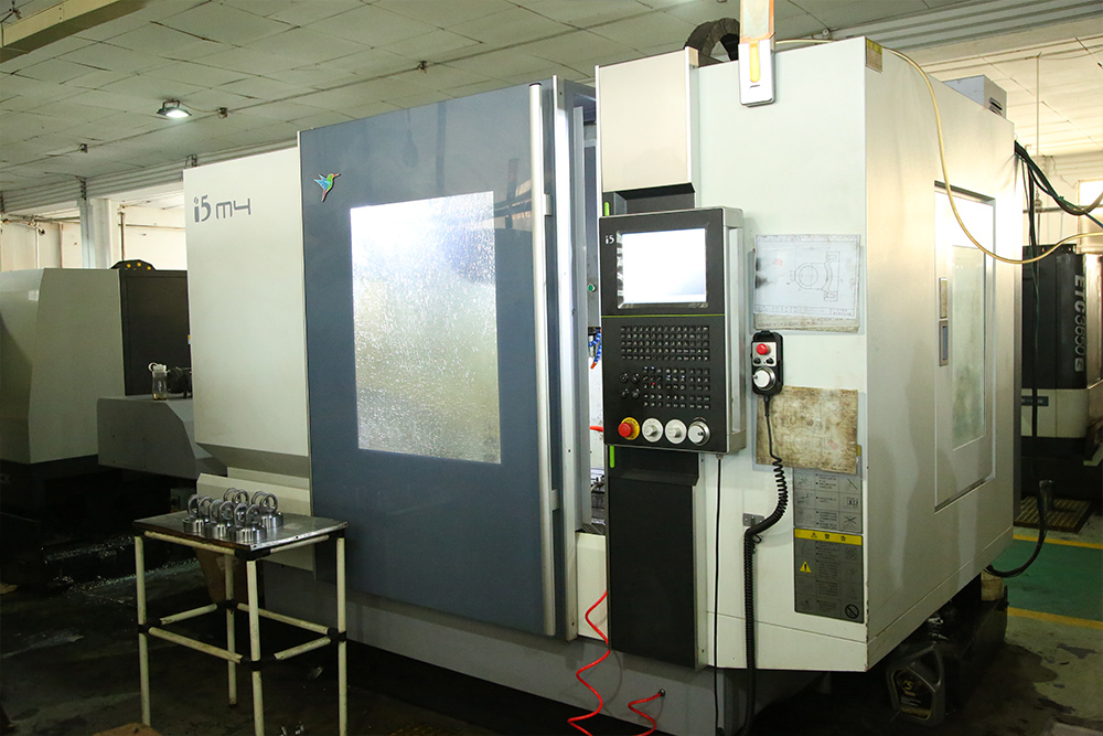 I5 machining center
